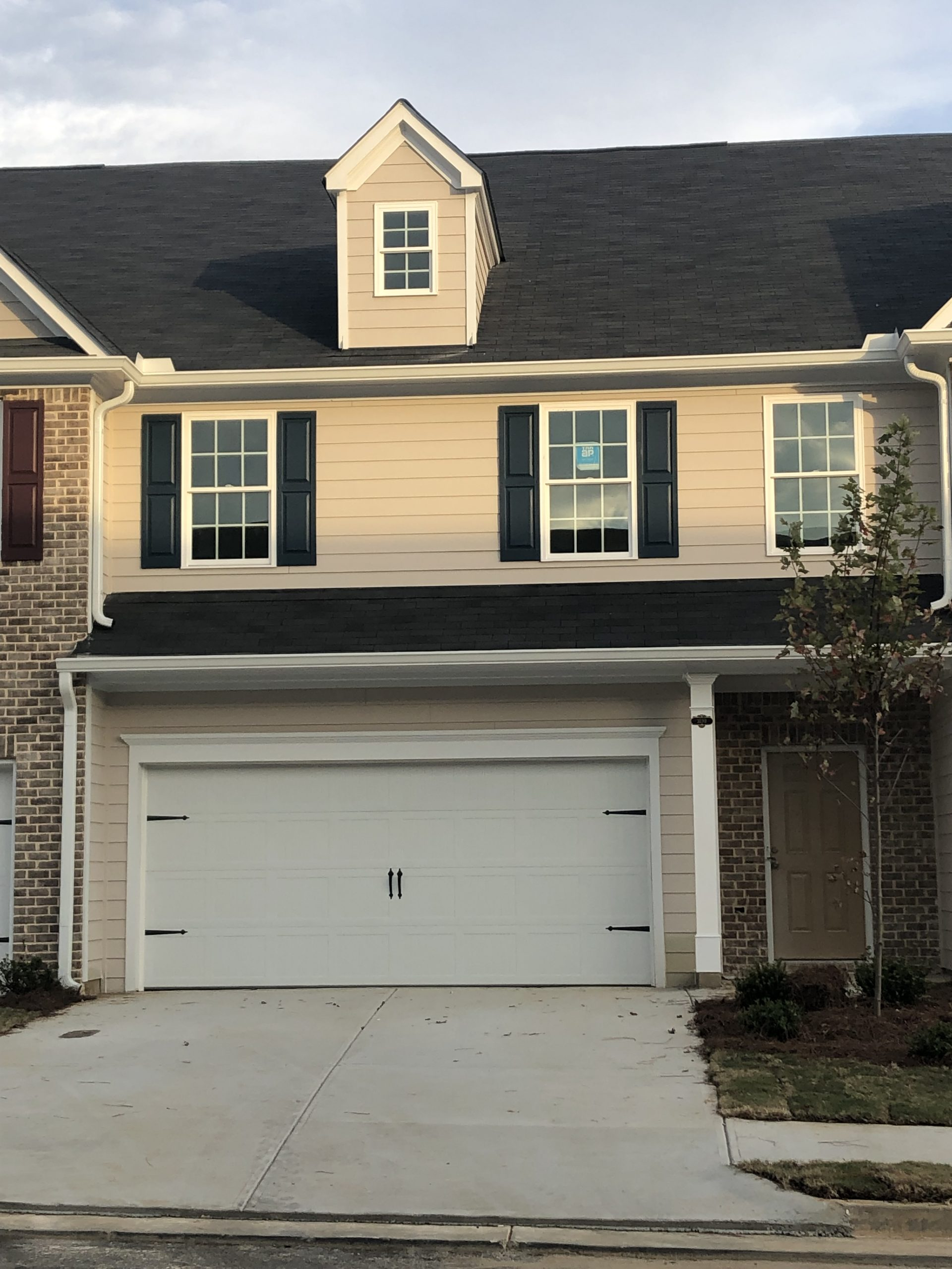Brookmont Townhomes Front